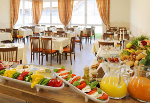 Hotel inspiration hotel garni mayerhofen bei tittmoning for Design hotel chiemsee